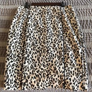 Leopard pencil skirt, black trim, stretch
